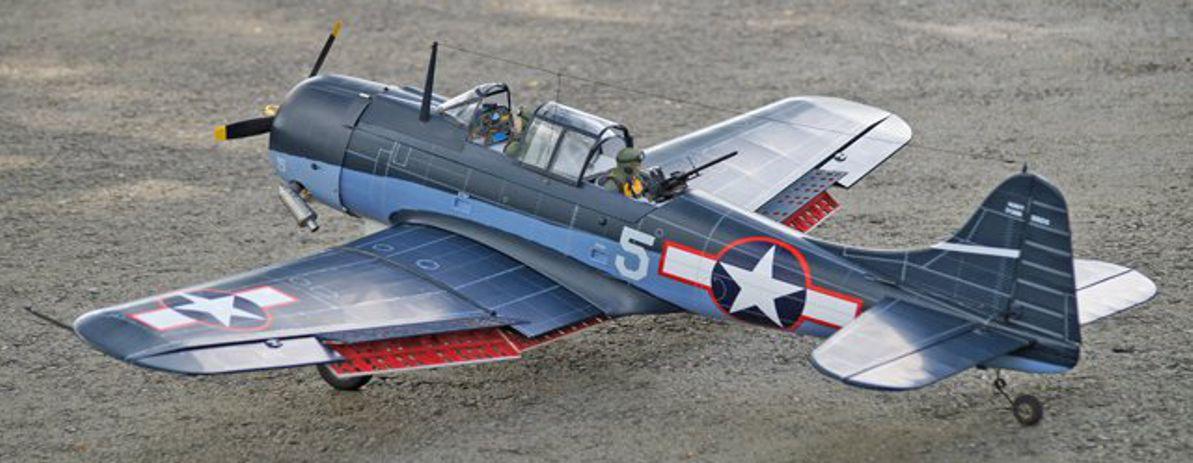 Superscaliger Warbird als ARF Holzmodell